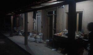 housebuild at night